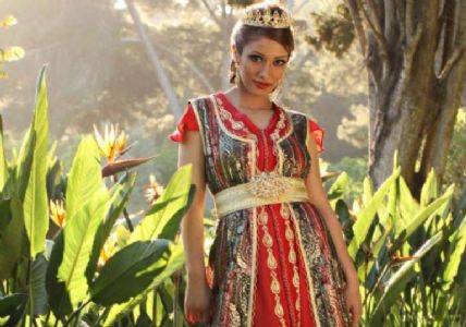 Única representante árabe en Miss Humanity International 2014